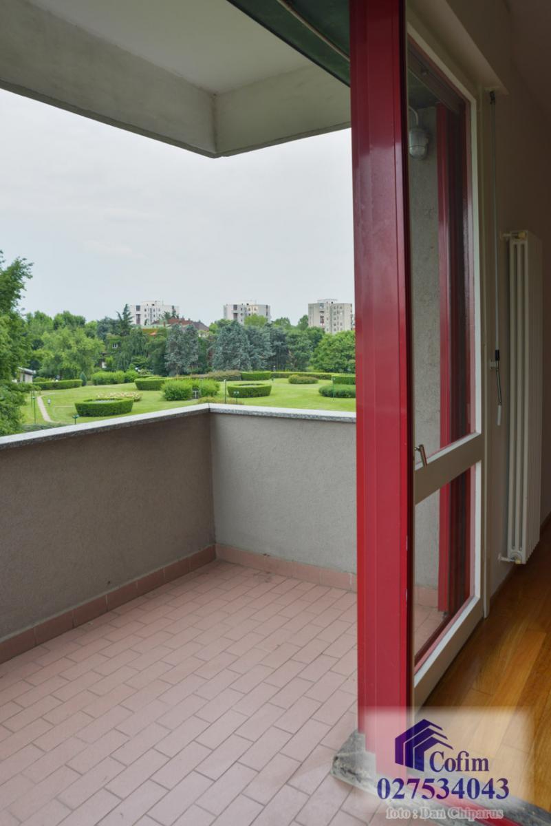 Trilocale ristrutturato, piano alto  San Felice (Segrate) Affitto in Esclusiva - 3