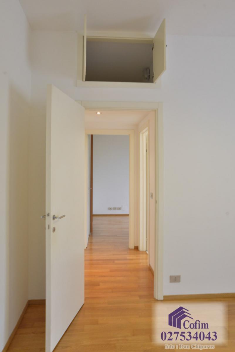Trilocale ristrutturato, piano alto  San Felice (Segrate) Affitto in Esclusiva - 10