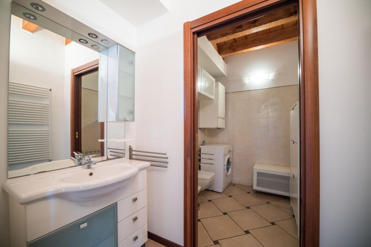 Trilocale ampio, su due livelli, nella  Residenza Longhignana (Peschiera Borromeo) Affitto in Esclusiva - 11