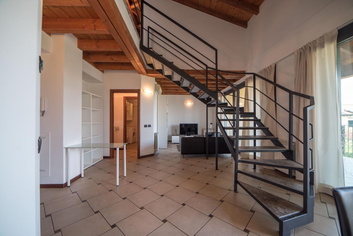 Trilocale ampio, su due livelli, nella  Residenza Longhignana (Peschiera Borromeo) Affitto in Esclusiva - 10