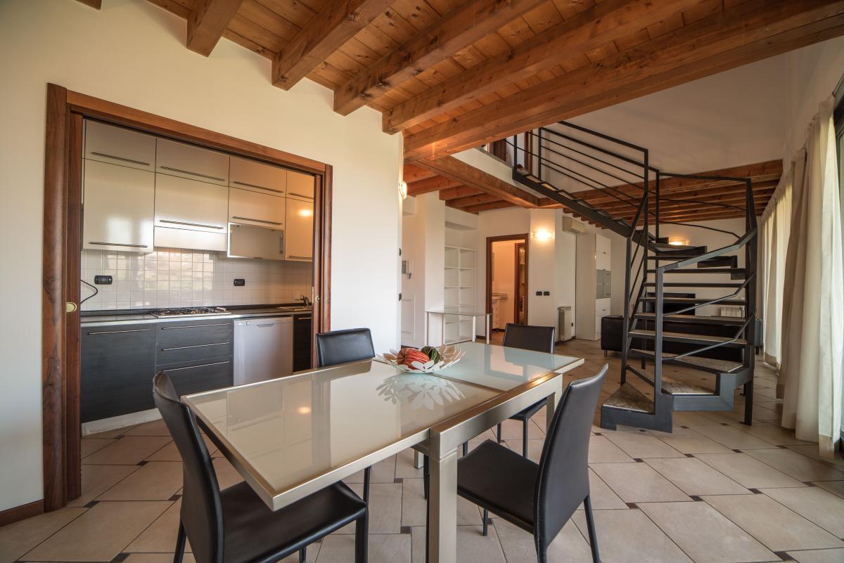 Trilocale ampio, su due livelli, nella  Residenza Longhignana (Peschiera Borromeo) Affitto in Esclusiva - 9