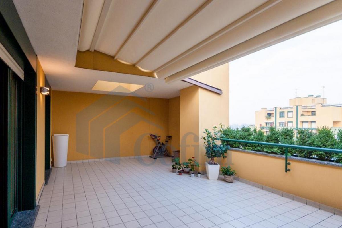 Attico prestigioso alle Residenze Malaspina adiacenti  San Felice (Segrate) Vendita in Esclusiva - 3