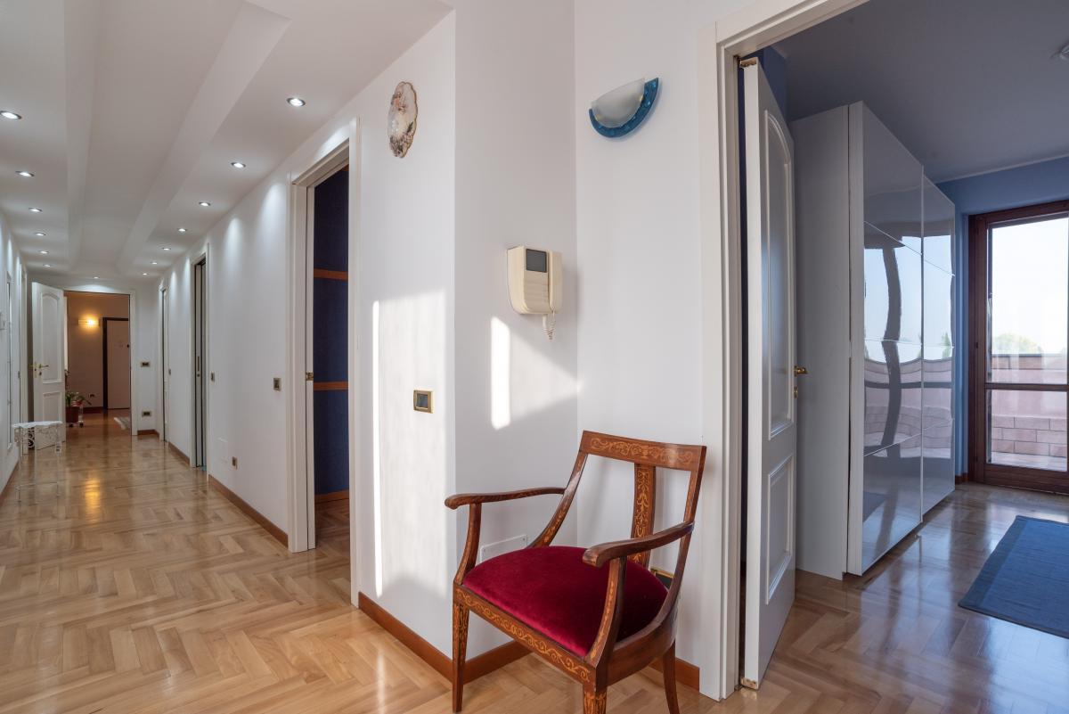 Attico prestigioso con terrazzo e balconi a  Bettola (Peschiera Borromeo) in Vendita - 14