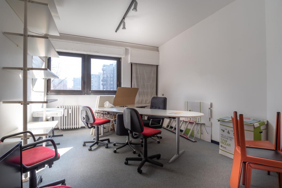Ufficio ottima posizione nel centro commerciale  San Felice (Segrate) Vendita in Esclusiva - 10