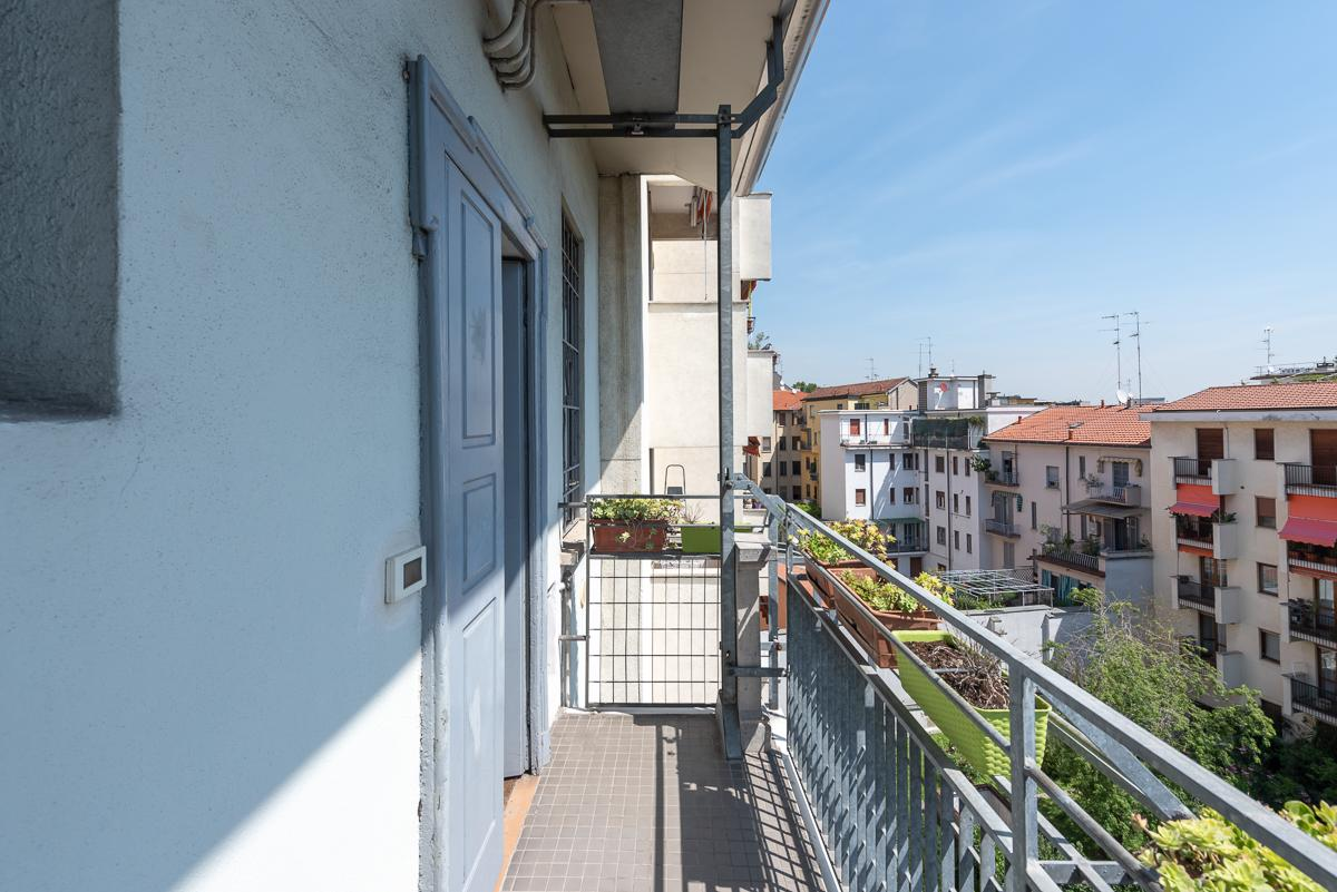 Trilocale ristrutturato e arredato  Milano (Indipendenza) Affitto in Esclusiva - 13