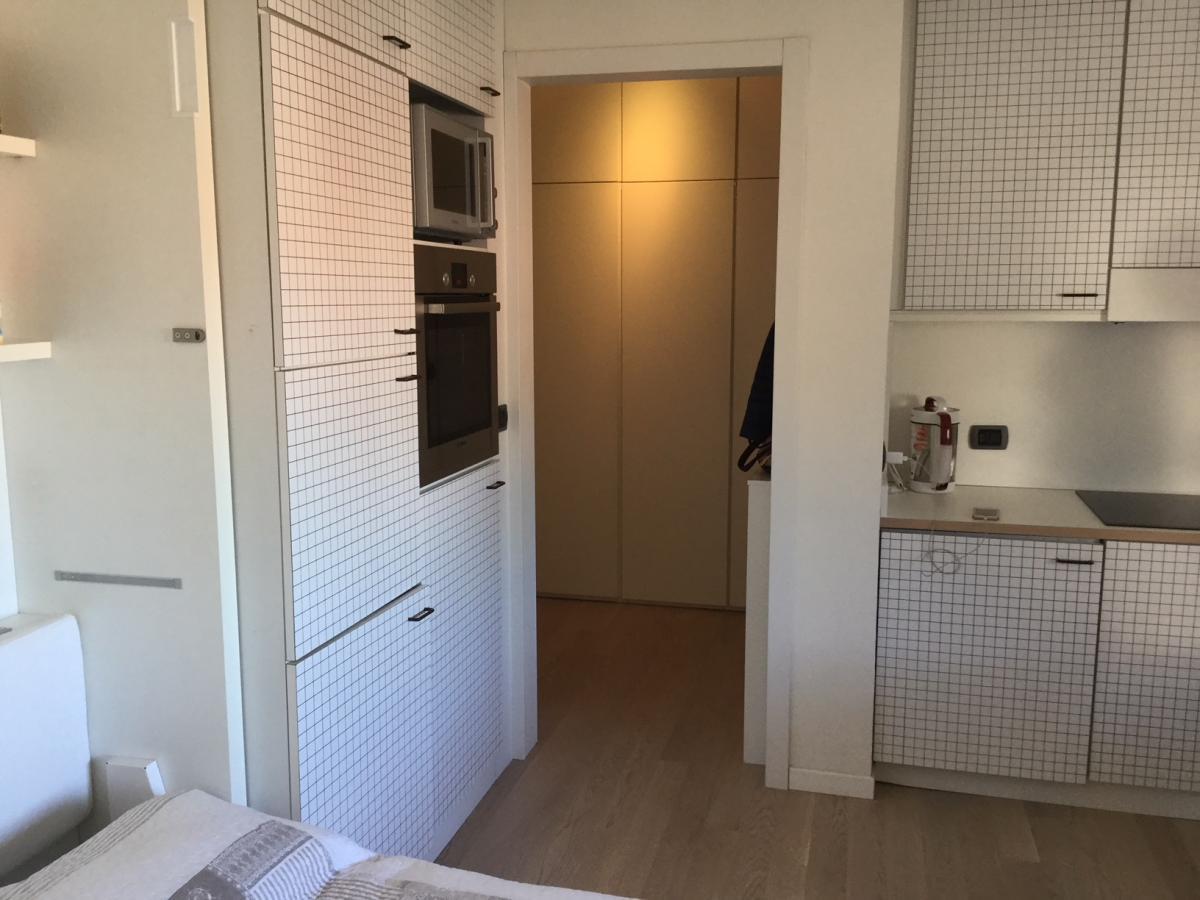 Monolocale Milano (Moscova) Affitto in Esclusiva - 2