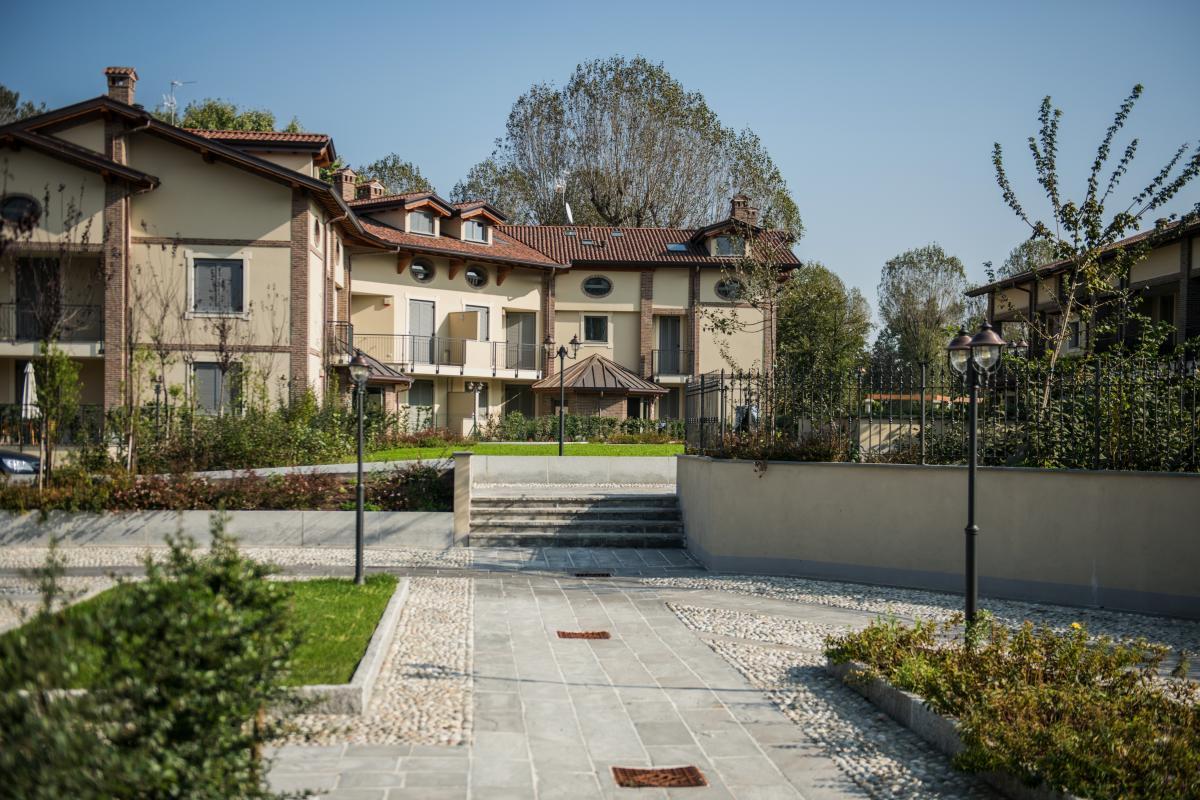Trilocale nuovo con giardino e taverna in   San Bovio (Peschiera Borromeo) Vendita in Esclusiva - 10