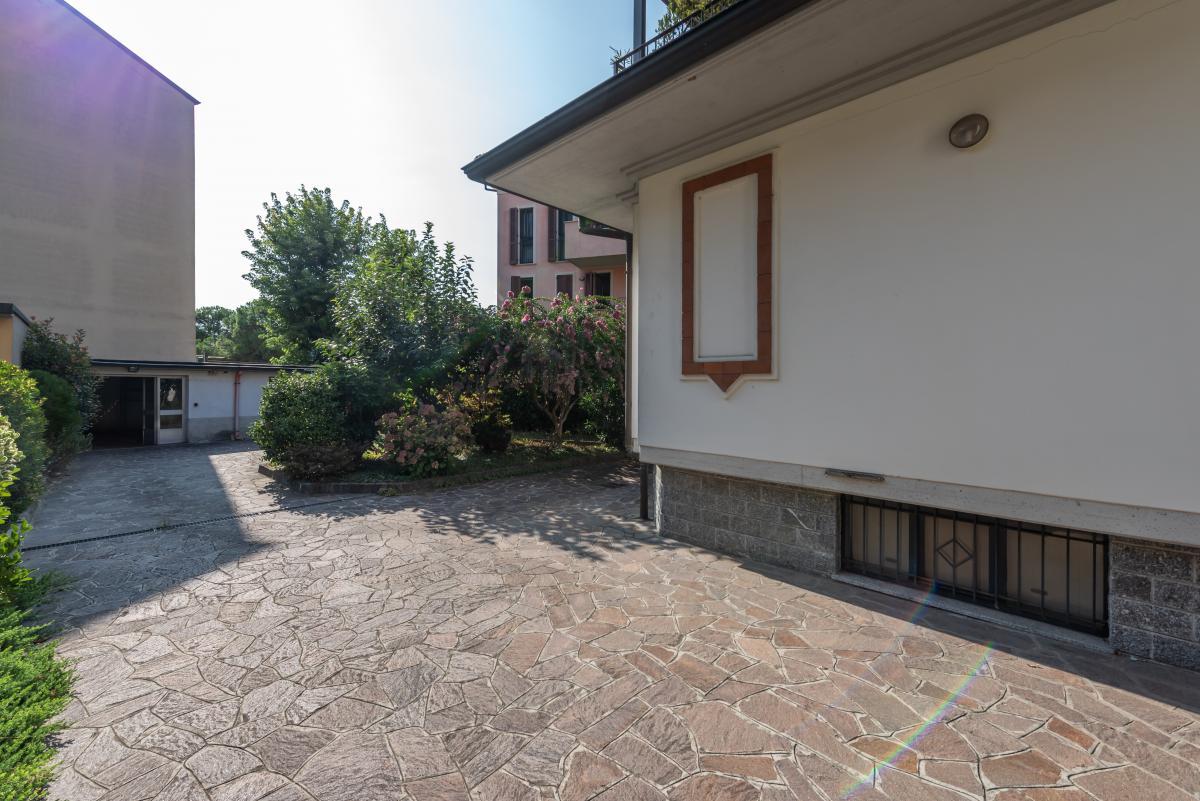 Villa singola ottime condizioni  Bettola (Peschiera Borromeo) in Vendita - 5