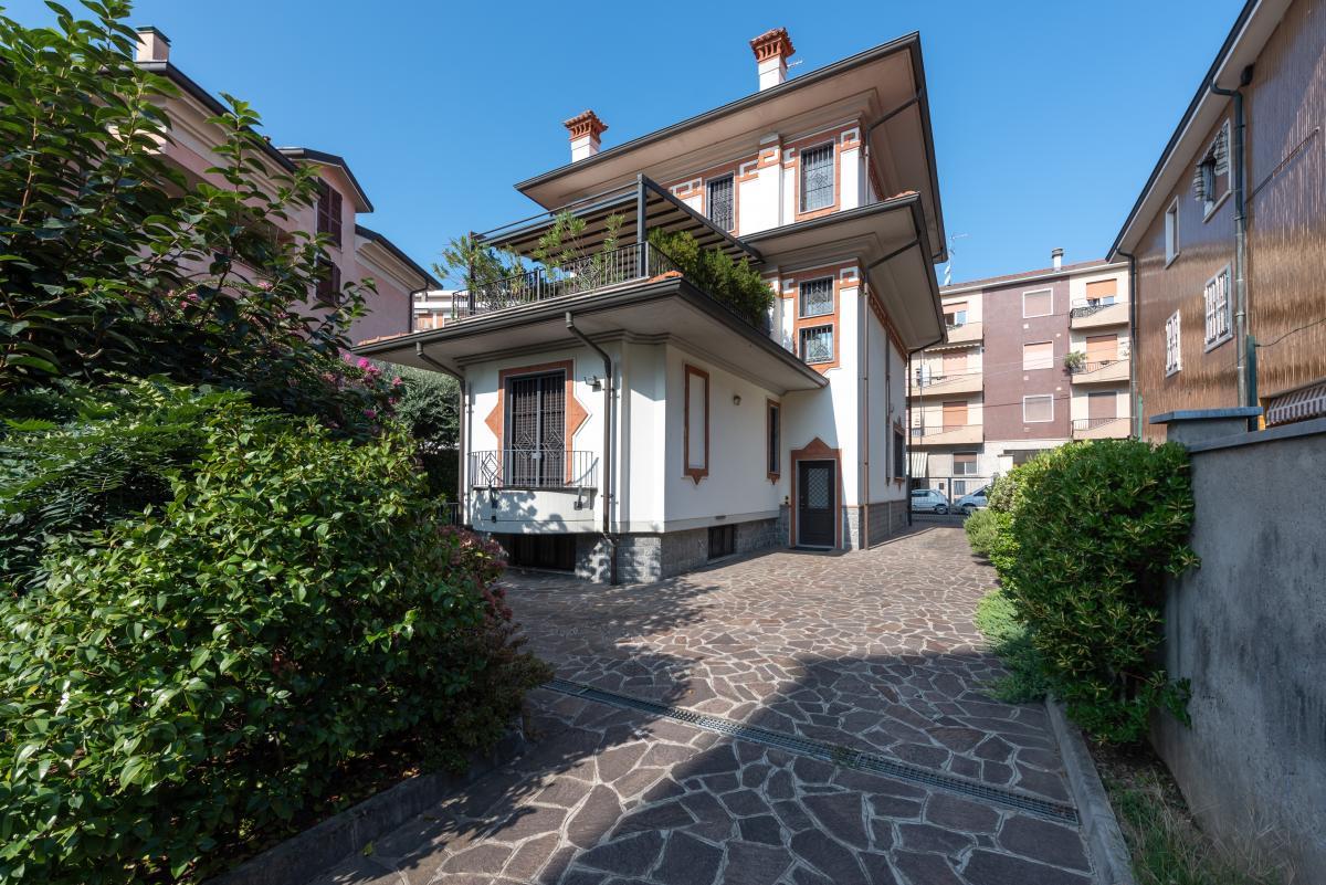 Villa singola ottime condizioni  Bettola (Peschiera Borromeo) in Vendita - 6