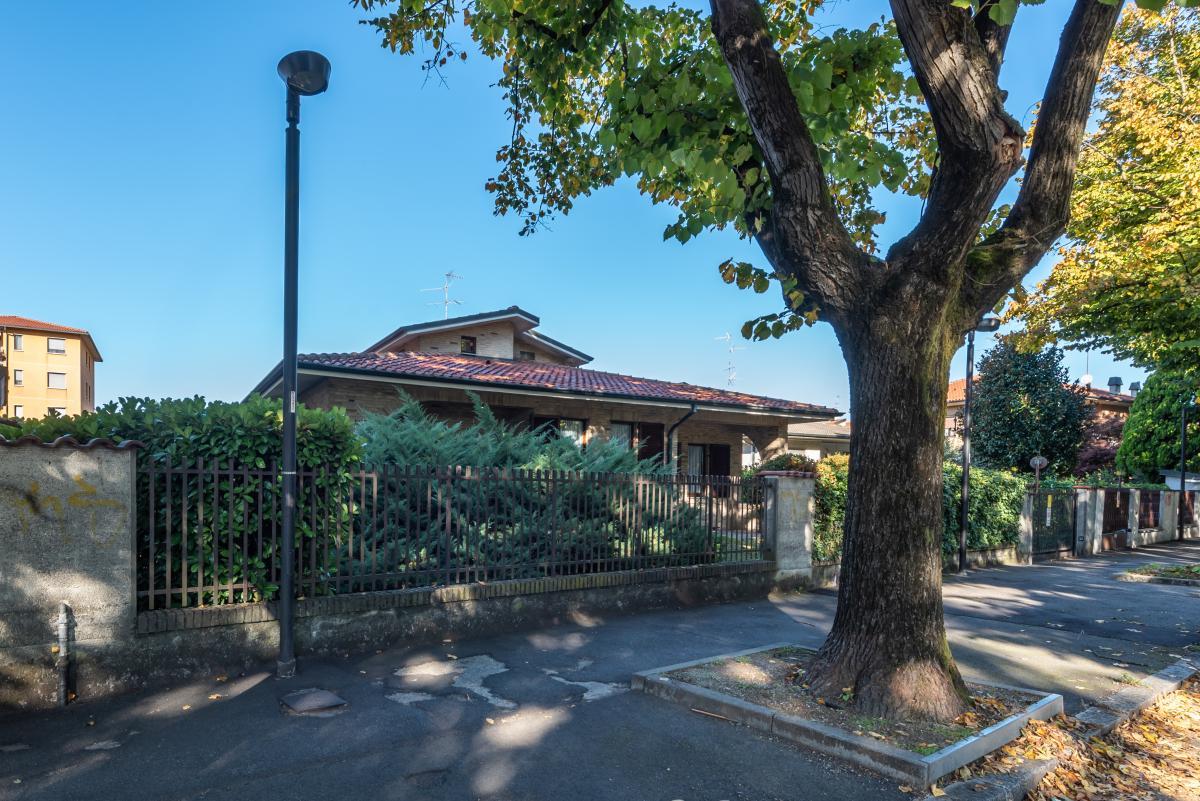 Villa a schiera immersa nel verde  Pioltello (Pioltello) Affitto in Esclusiva - 6
