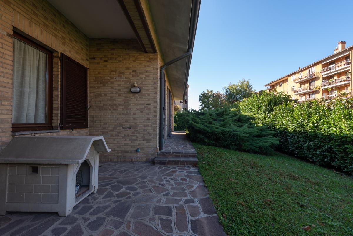 Villa a schiera immersa nel verde  Pioltello (Pioltello) Affitto in Esclusiva - 4