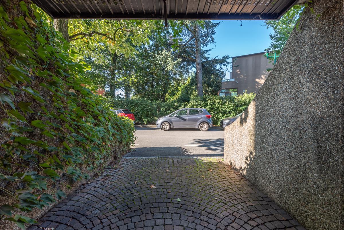 Box/Garage doppio in settima strada  San Felice (Segrate) Affitto in Esclusiva - 4