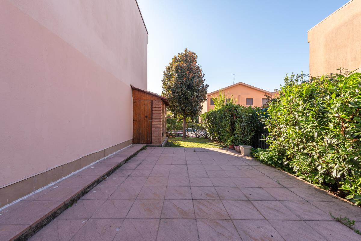 Villa a schiera con grande giardino  Millepini (Rodano) Affitto in Esclusiva - 18