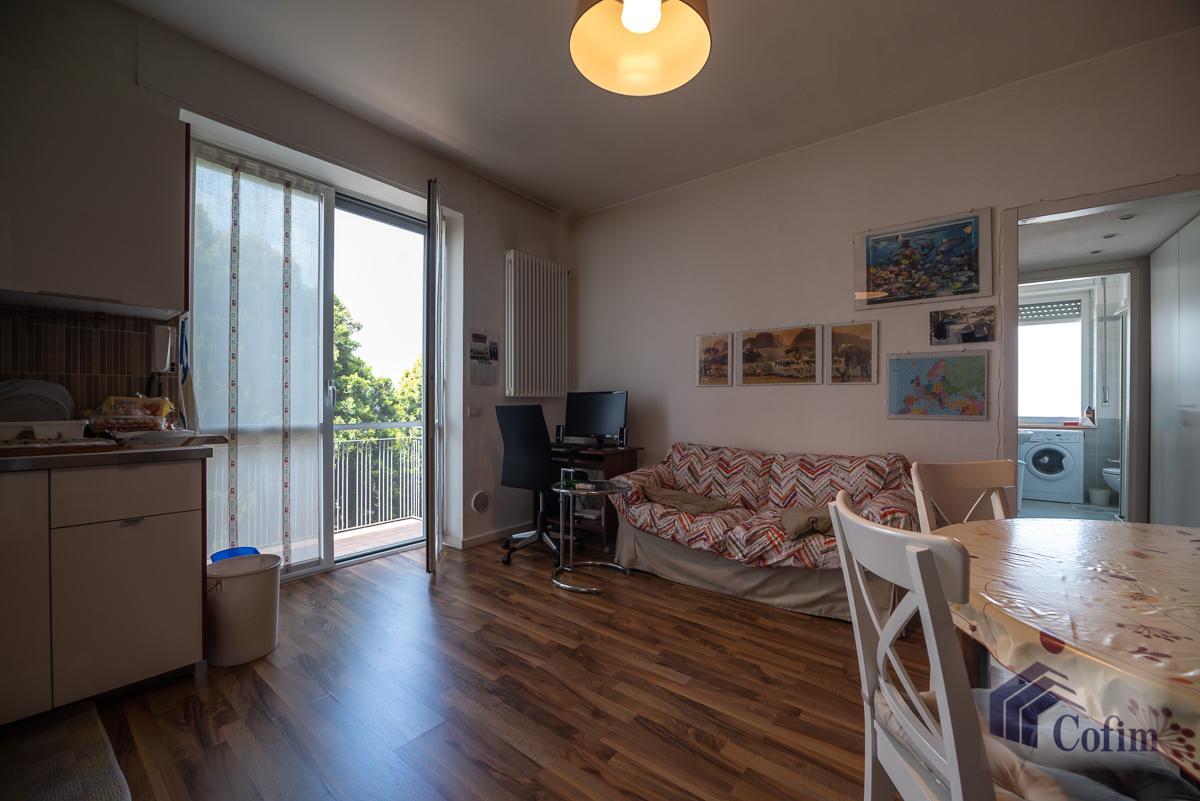 Villa singola suddivisa in 4 appartamenti  Canzo (Peschiera Borromeo) Vendita in Esclusiva - 29