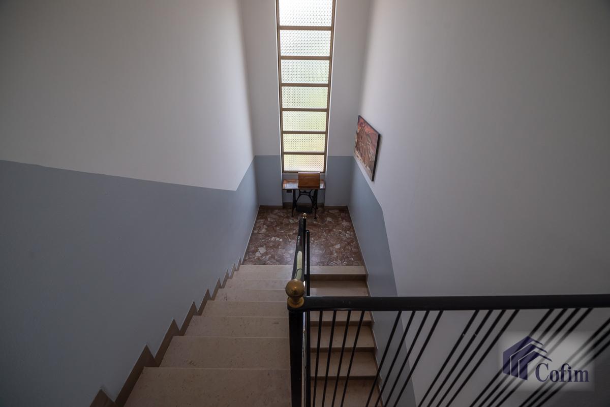 Villa singola suddivisa in 4 appartamenti  Canzo (Peschiera Borromeo) Vendita in Esclusiva - 27