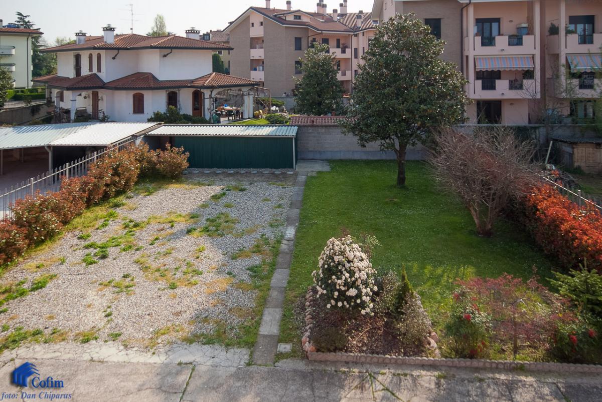 Villa singola suddivisa in 4 appartamenti  Canzo (Peschiera Borromeo) Vendita in Esclusiva - 5