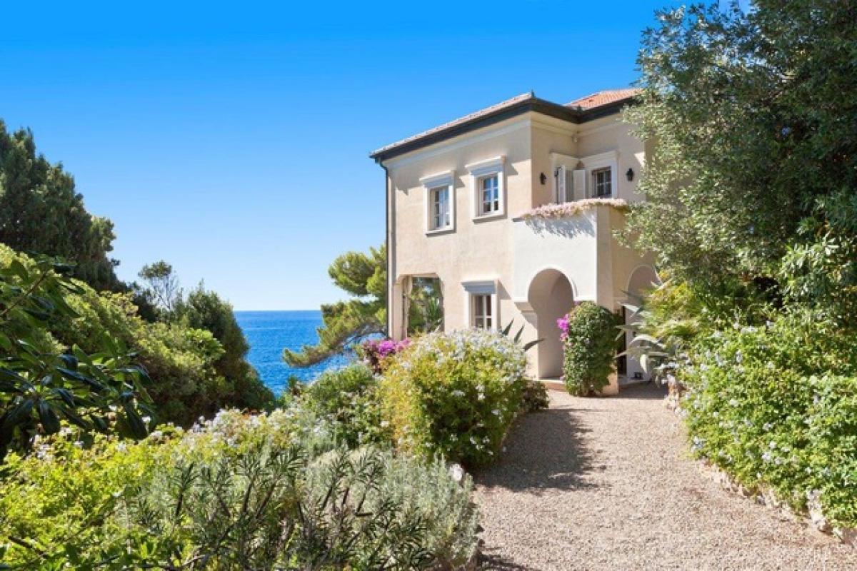 Villa singola di lusso a Cap D'Ail   in Vendita - 3