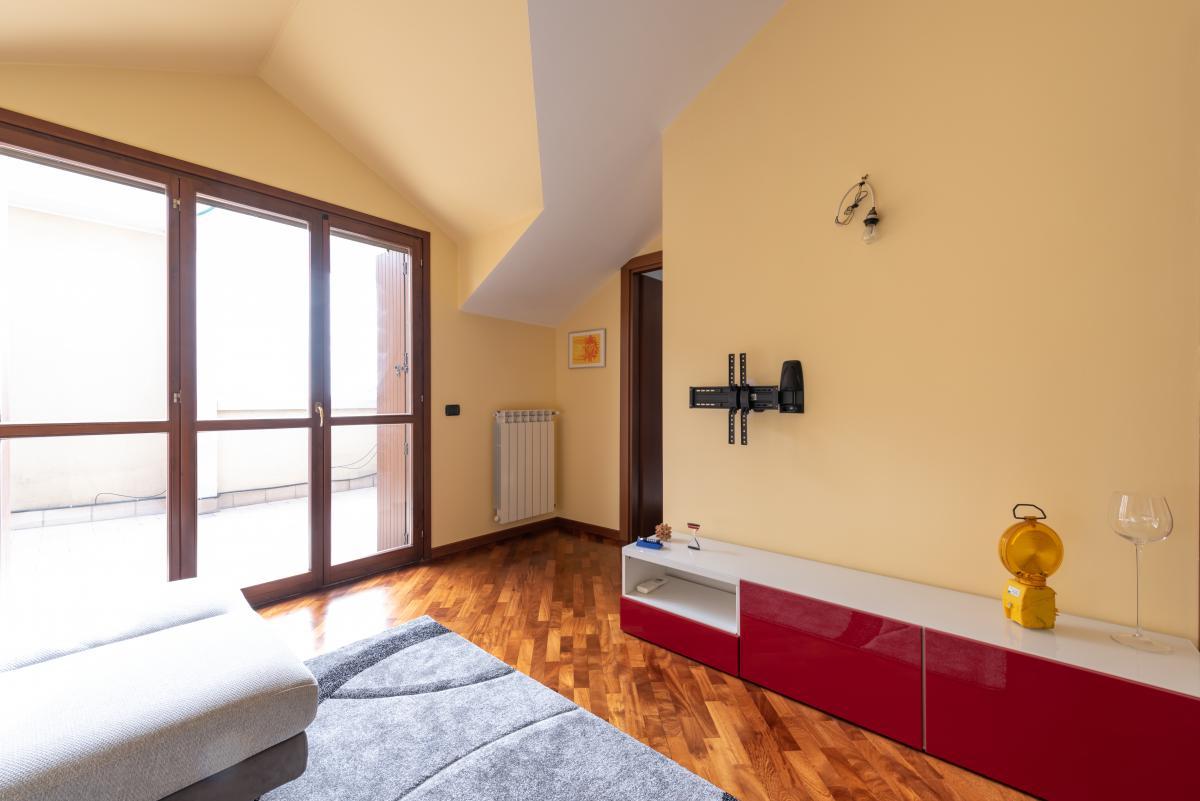 Attico con grande terrazzo  Bettolino (Mediglia) Vendita in Esclusiva - 7