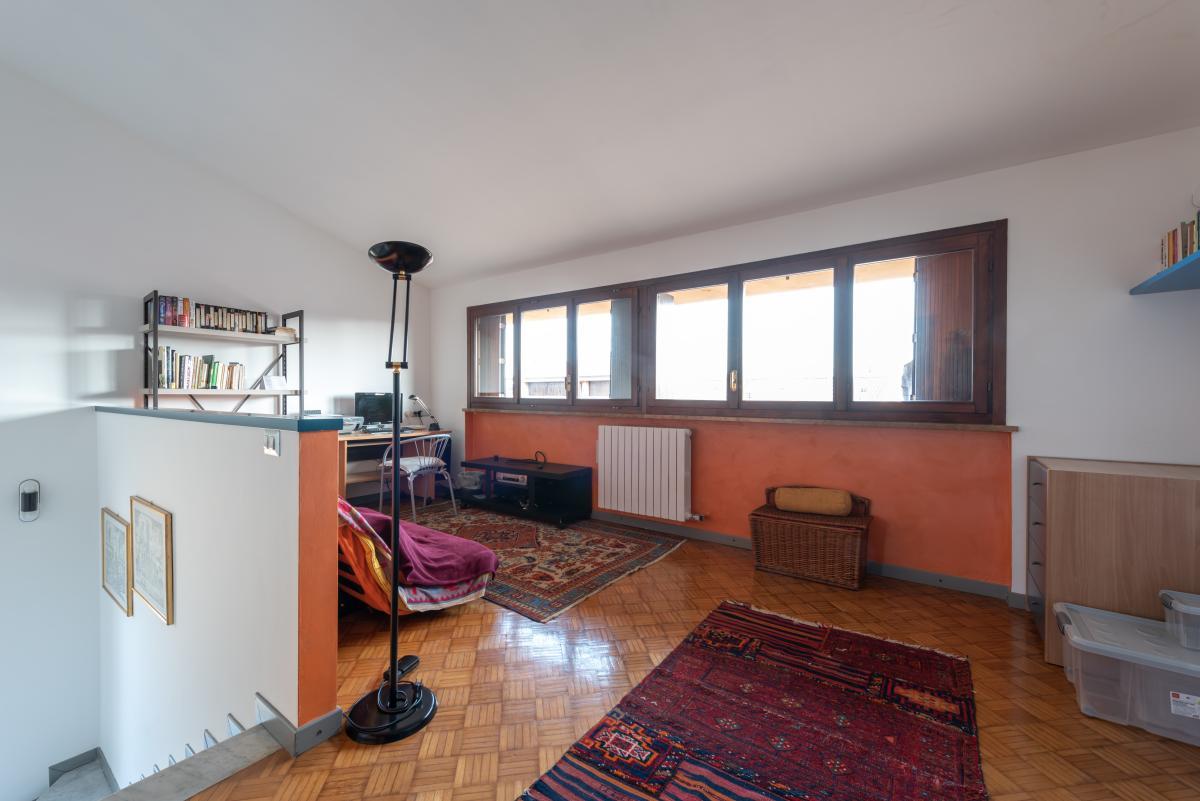 Villa a schiera con grande giardino privato  Lucino (Rodano) Vendita in Esclusiva - 29