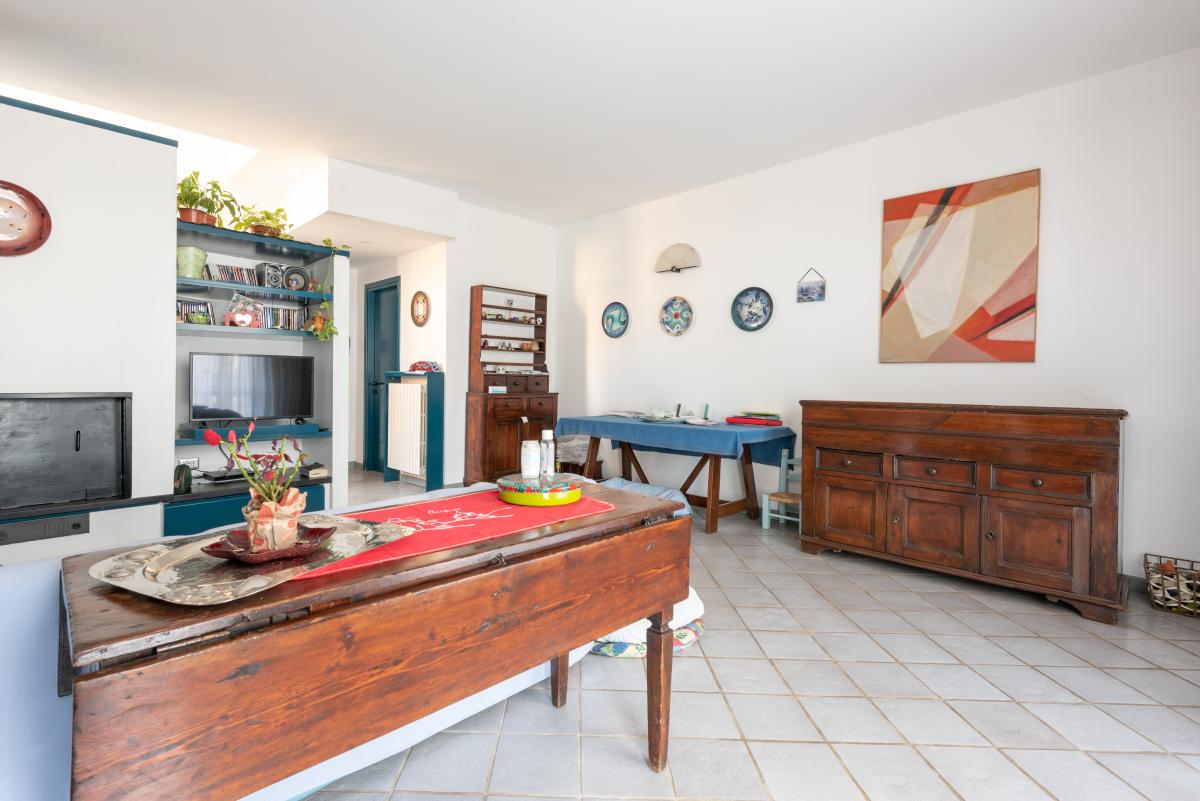 Villa a schiera con grande giardino privato  Lucino (Rodano) Vendita in Esclusiva - 10