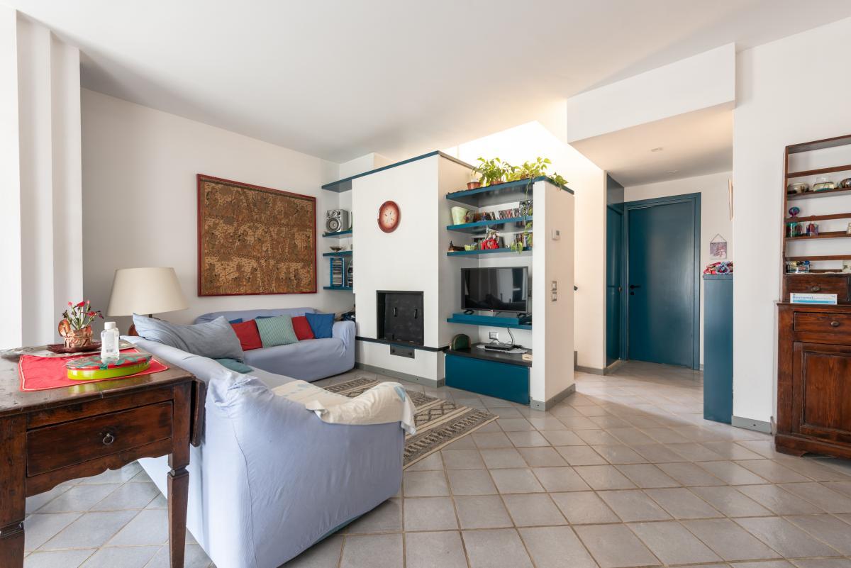 Villa a schiera con grande giardino privato  Lucino (Rodano) Vendita in Esclusiva - 9