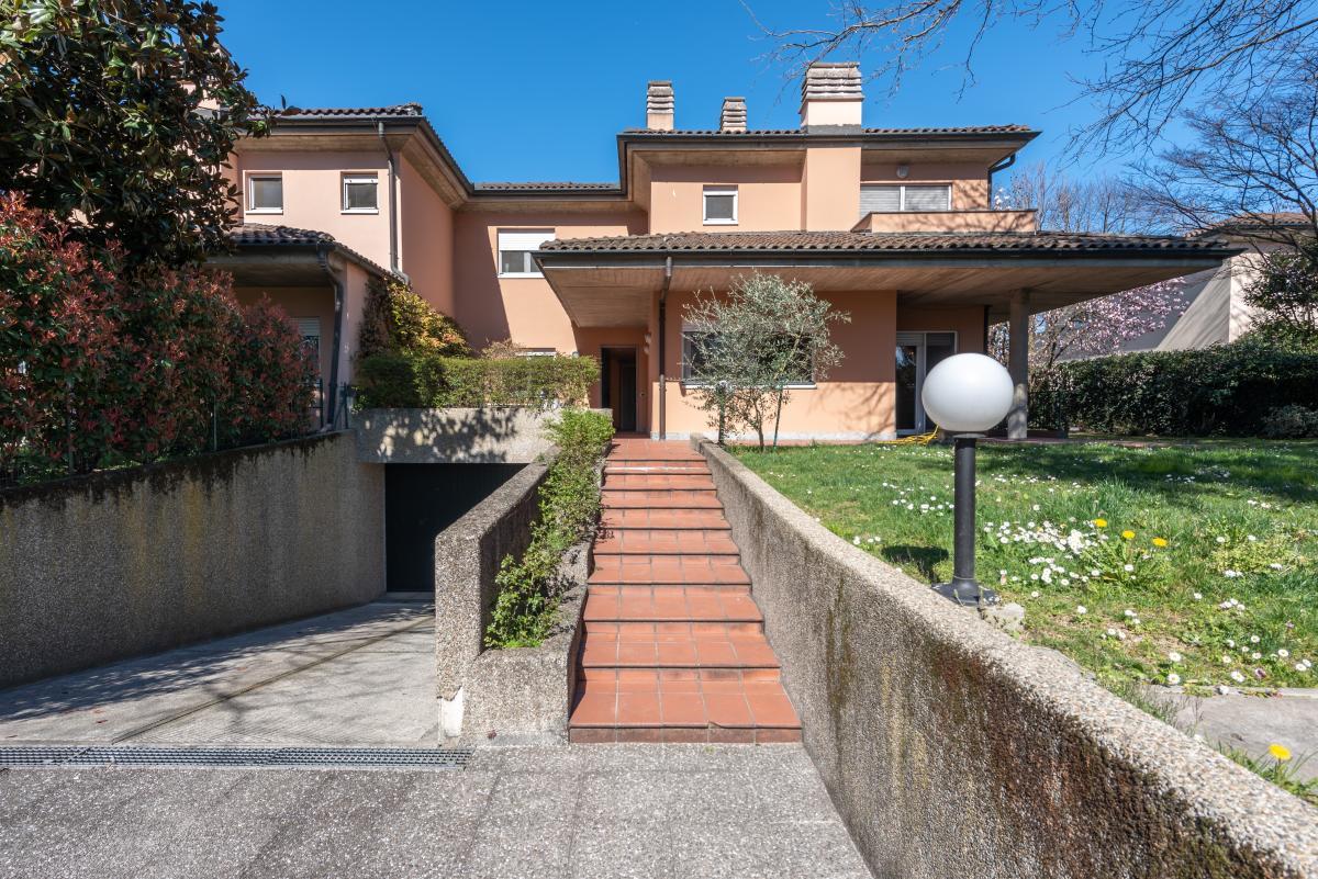 Villa singola prestigiosa  San Felice (Segrate) in Vendita - 2