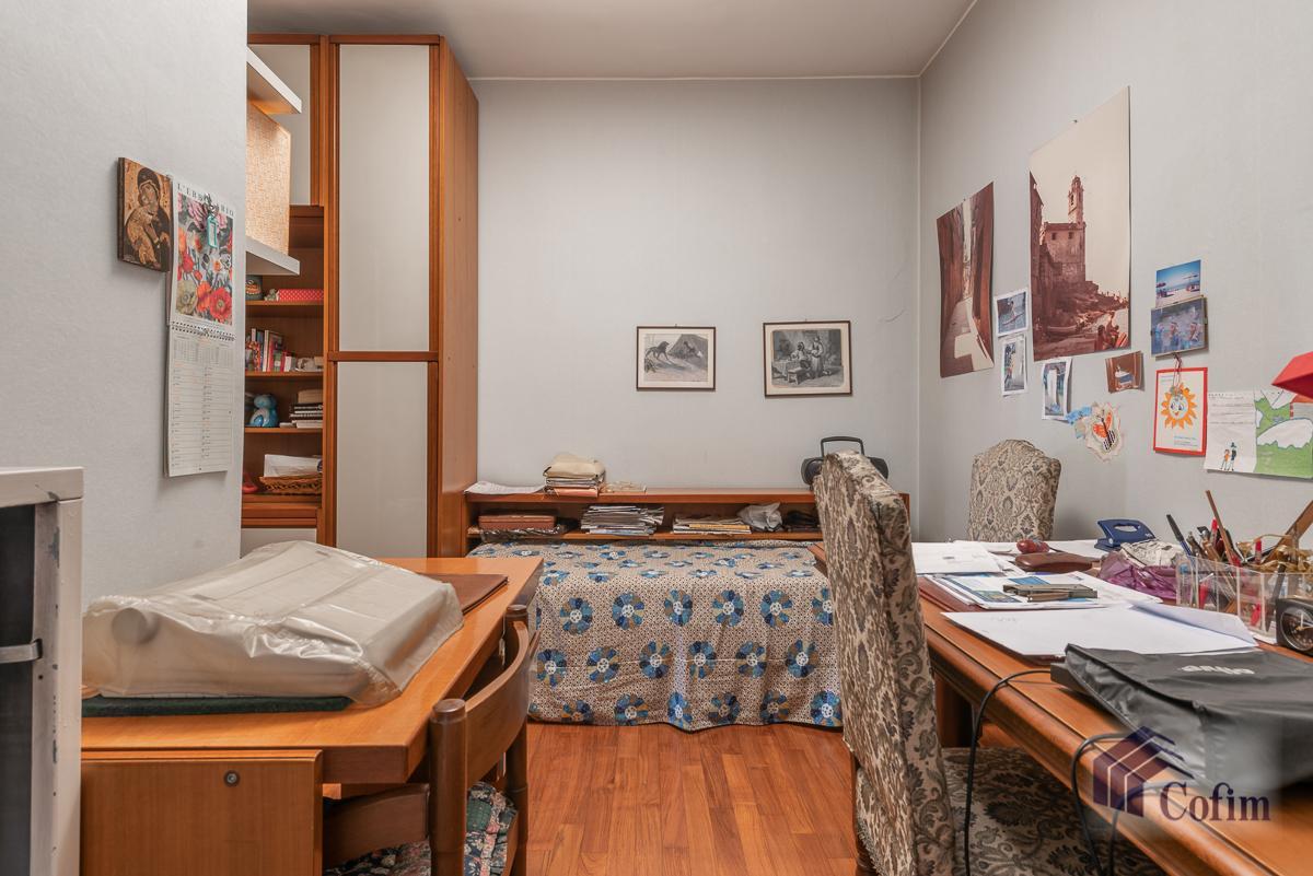Quadrilocale con terrazzo loggiato  Milano (Lambrate) Vendita in Esclusiva - 11