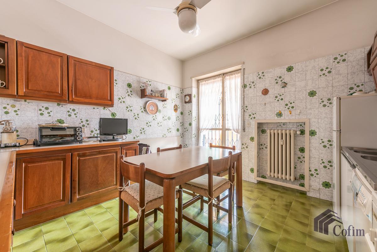 Quadrilocale con terrazzo loggiato  Milano (Lambrate) Vendita in Esclusiva - 12