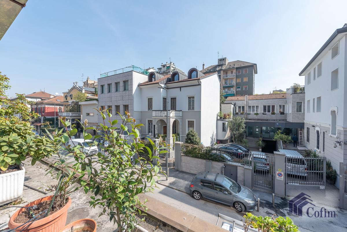 Quadrilocale con terrazzo loggiato  Milano (Lambrate) Vendita in Esclusiva - 16
