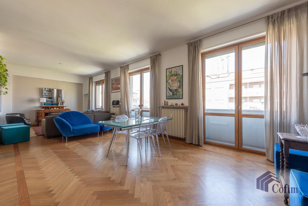 6 Locali elegante attico  Milano (P.ta Romana) Vendita in Esclusiva - 2