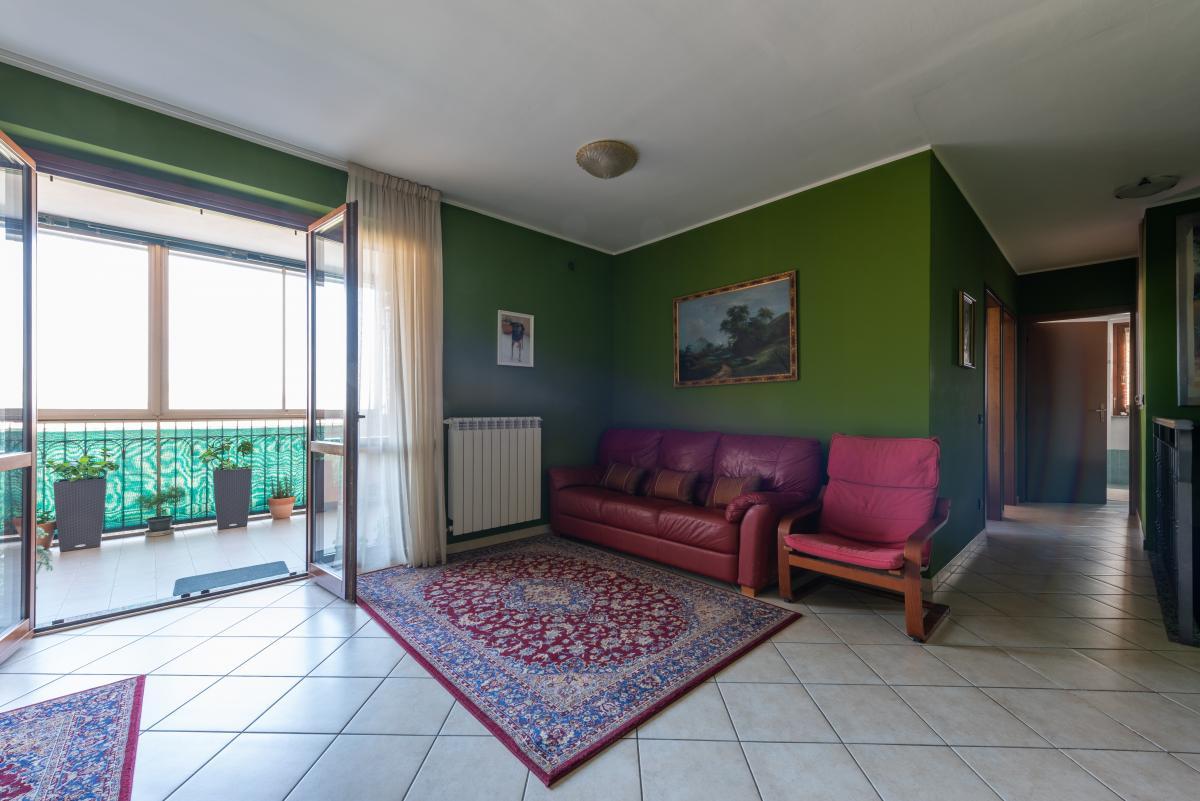 Trilocale con terrazzo e piccolo giardino  Bettolino (Mediglia) Vendita in Esclusiva - 3