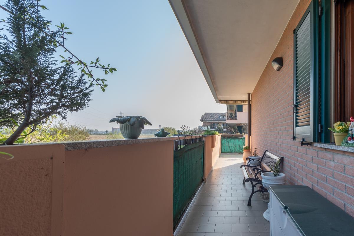 Trilocale con terrazzo e piccolo giardino  Bettolino (Mediglia) Vendita in Esclusiva - 6