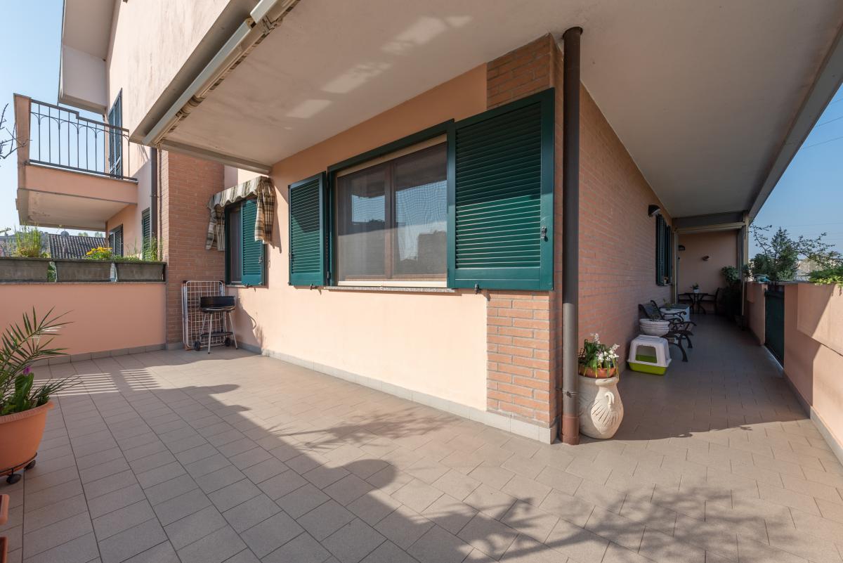 Trilocale con terrazzo e piccolo giardino  Bettolino (Mediglia) Vendita in Esclusiva - 1