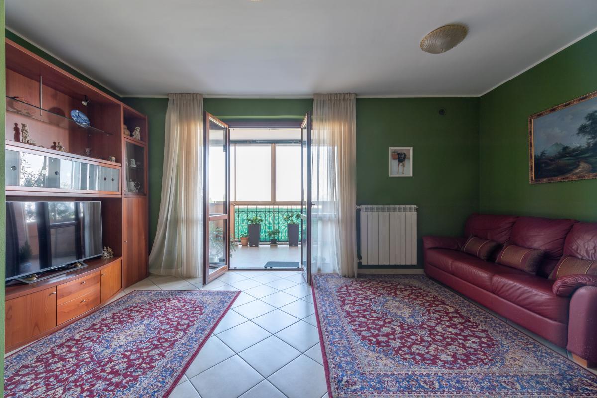 Trilocale con terrazzo e piccolo giardino  Bettolino (Mediglia) Vendita in Esclusiva - 2