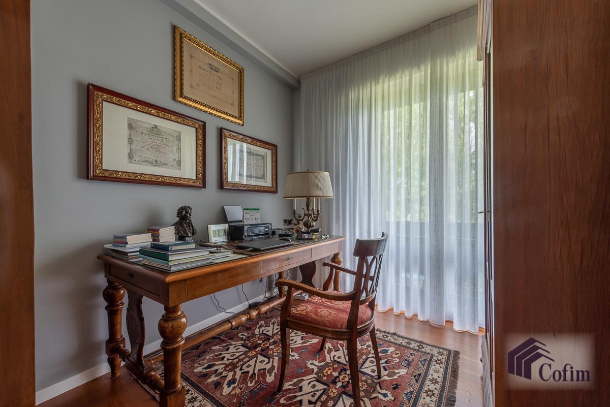 Trilocale ristrutturato a nuovo in  San Bovio (Peschiera Borromeo) Vendita in Esclusiva - 12