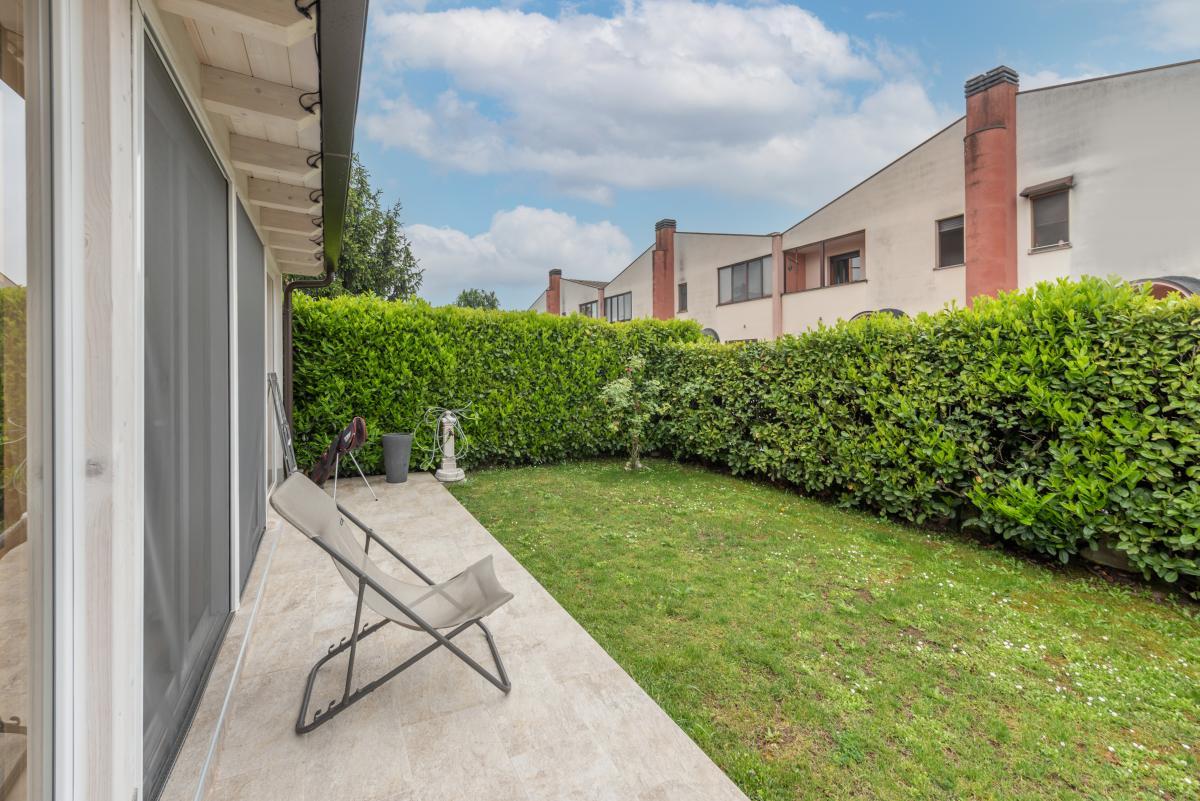 Villa a schiera ottimo stato  Millepini (Rodano) Vendita in Esclusiva - 10
