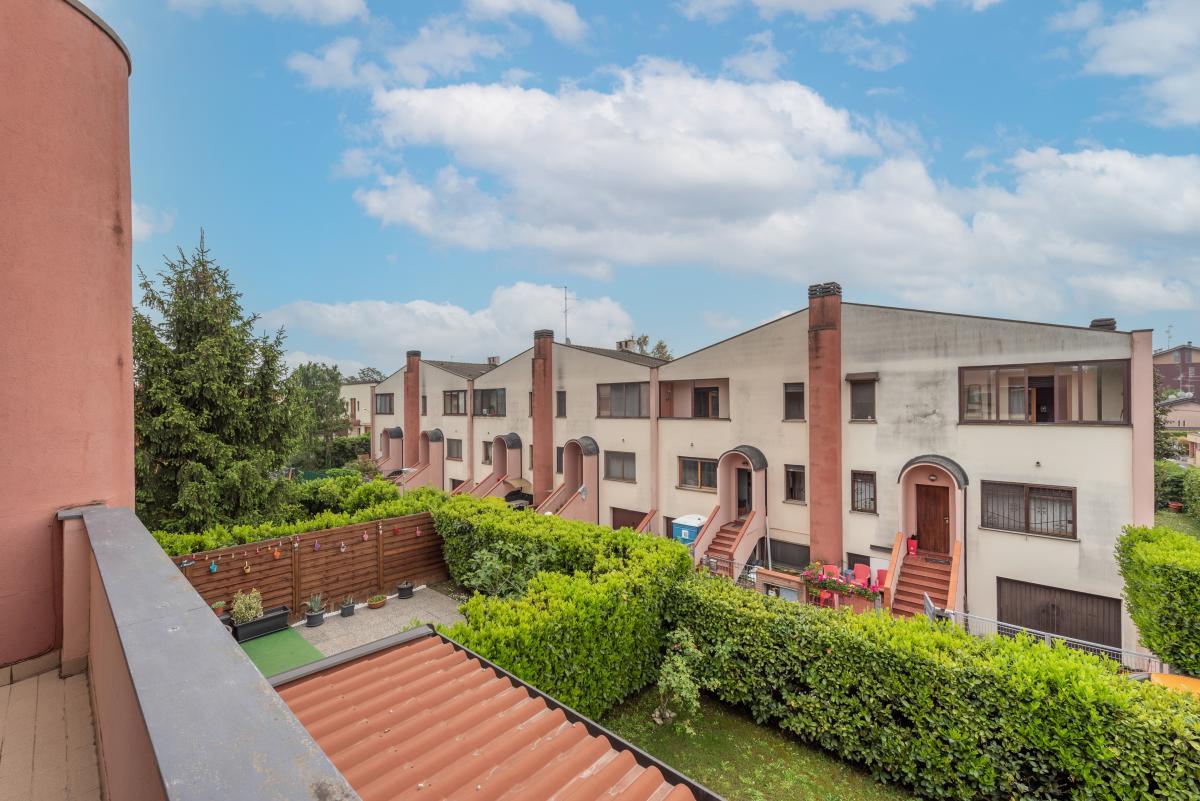 Villa a schiera ottimo stato  Millepini (Rodano) Vendita in Esclusiva - 21