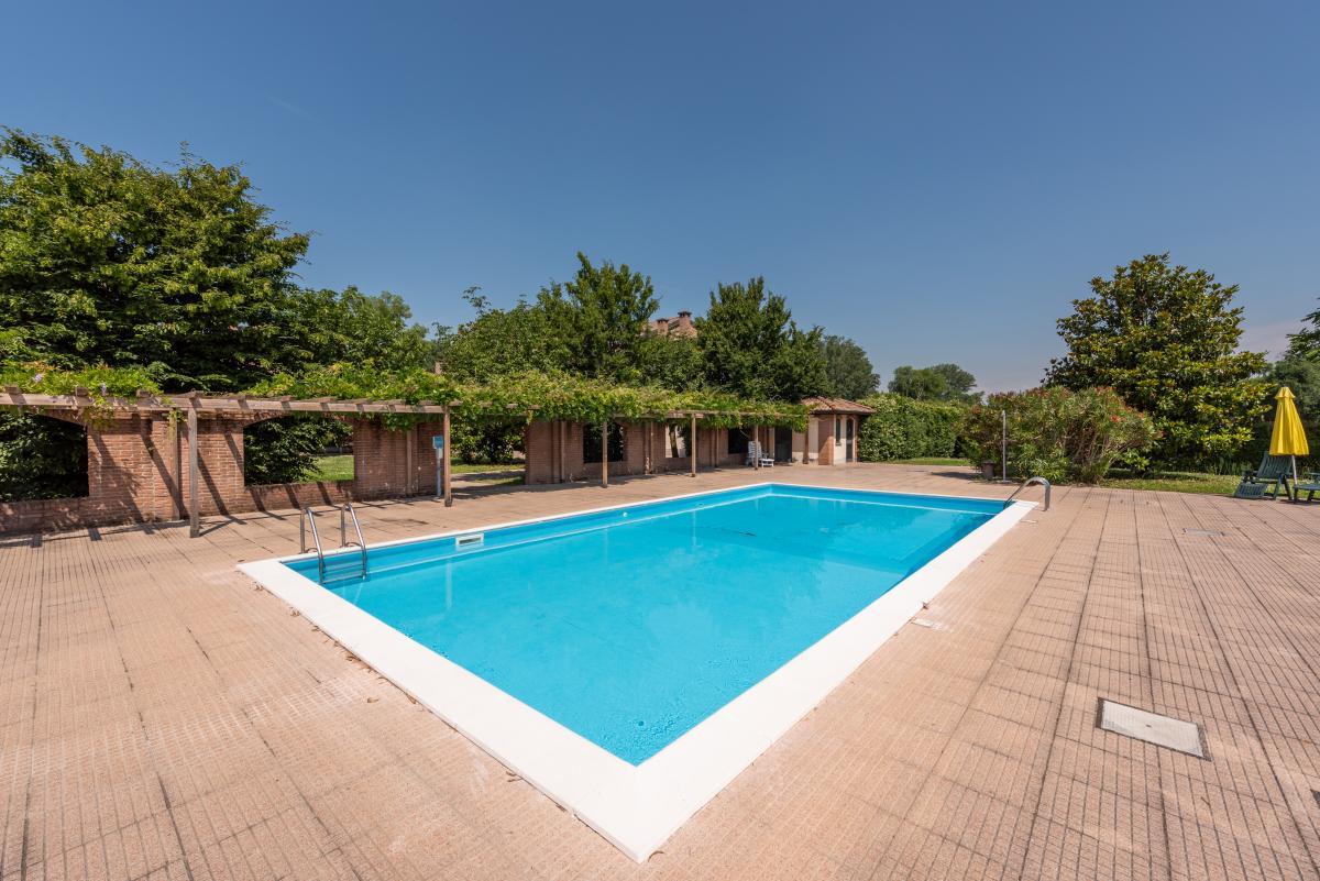 Trilocale in contesto signorile con piscina a  Mezzate (Peschiera Borromeo) Vendita in Esclusiva - 1