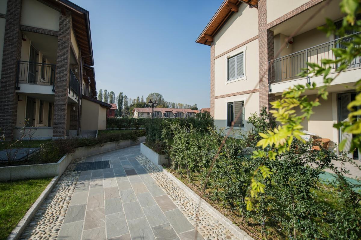 Trilocale nuovo con giardino e taverna in  San Bovio (Peschiera Borromeo) Vendita in Esclusiva - 14