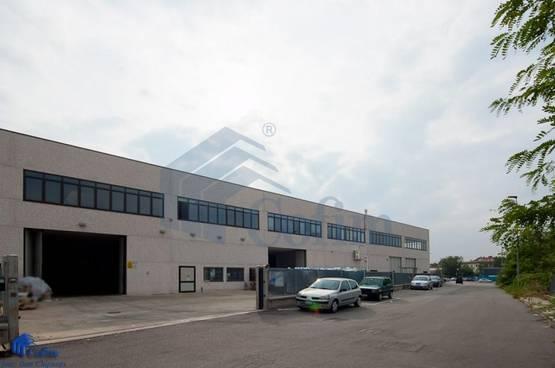 Capannone + Uffici Peschiera Borromeo CP4578