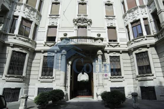 6 Locali Milano RM7824