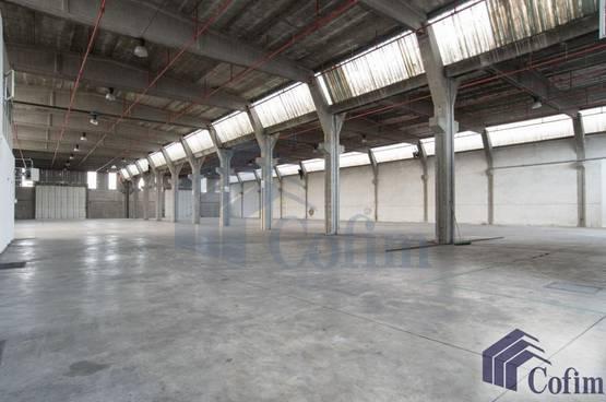 Capannone + Uffici Rodano CP6700