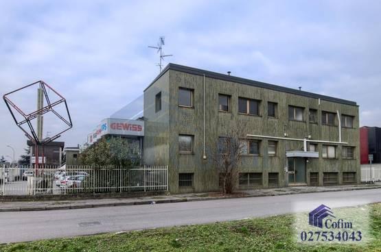 Ufficio Peschiera Borromeo RA7593