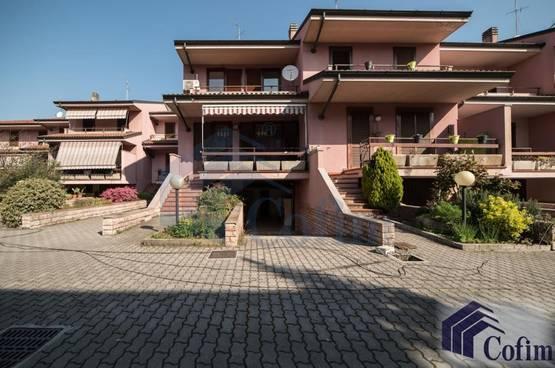 Villa a schiera Peschiera Borromeo LD6883