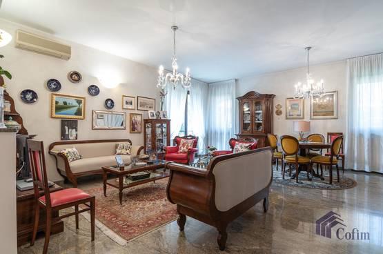 Villa singola Peschiera Borromeo LD7518