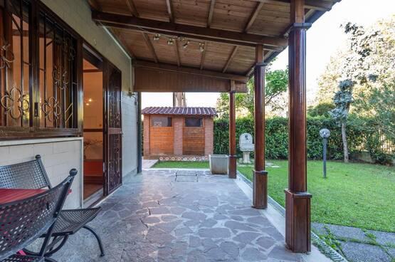 Villa a schiera Rodano MD7911