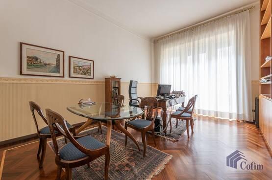 Ufficio Milano MN8122